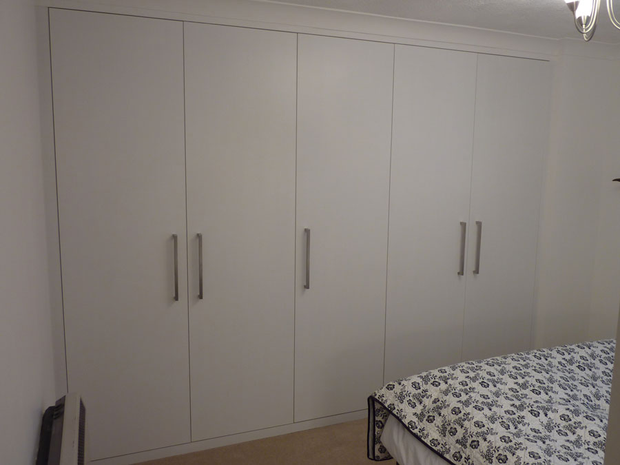 Very Best Floor to Ceiling Wardrobe Cabinets 900 x 675 · 53 kB · jpeg