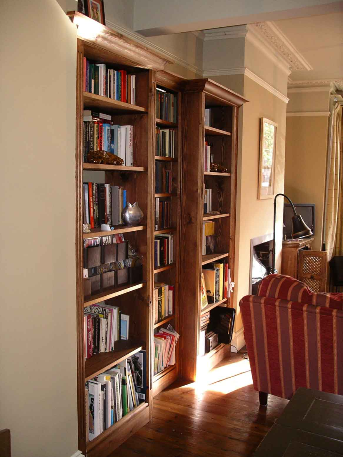 Alcove shelves dark : Fitted wardrobes wall to bookcases bespoke home offices custom ...