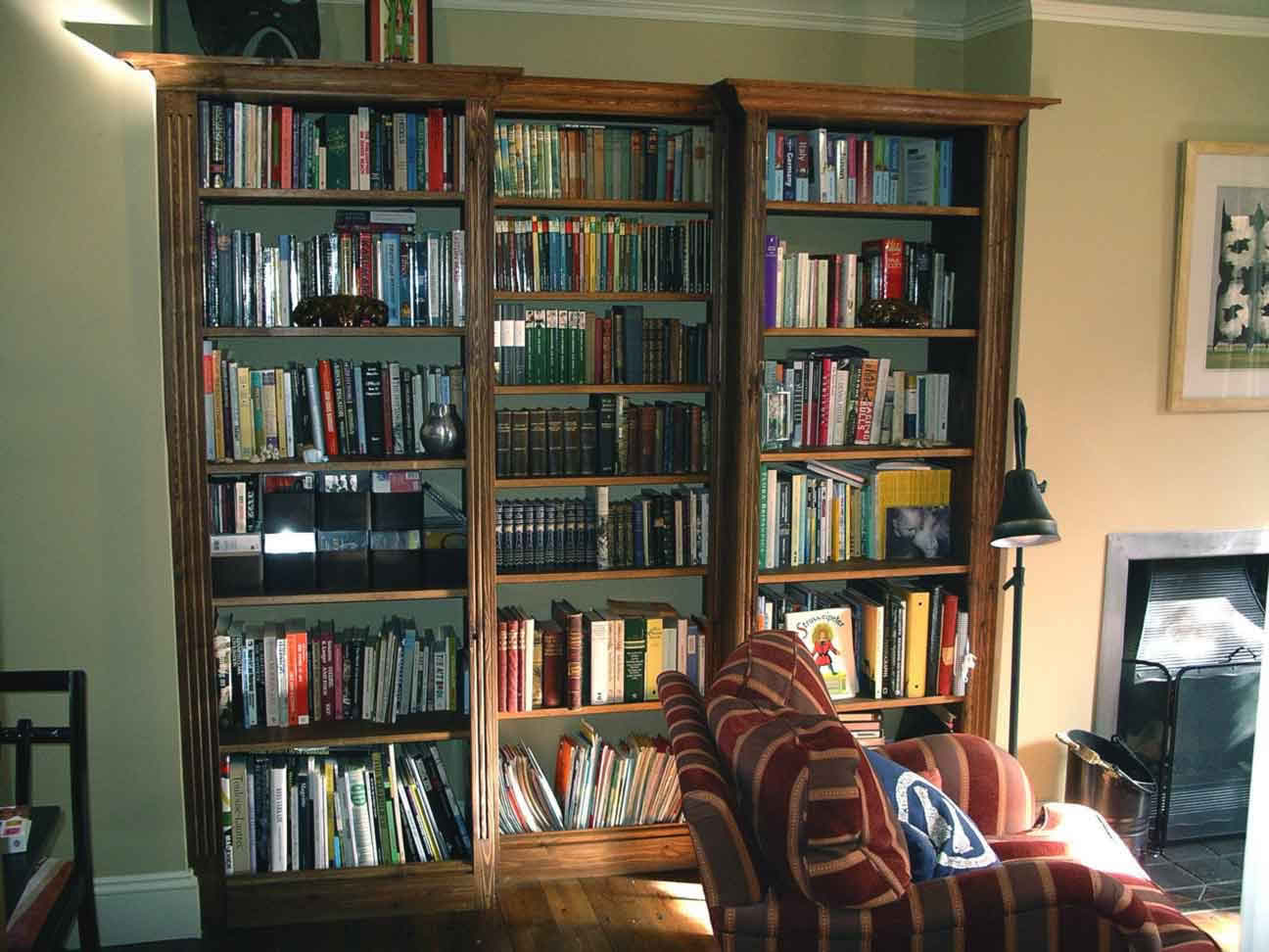 Excellent Built In Bookcases With Cupboards