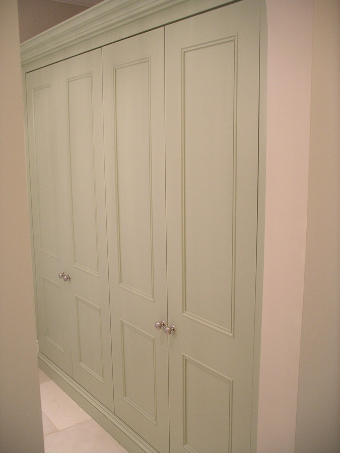 Fitted Linen Cupboard By Peter Henderson Furniture