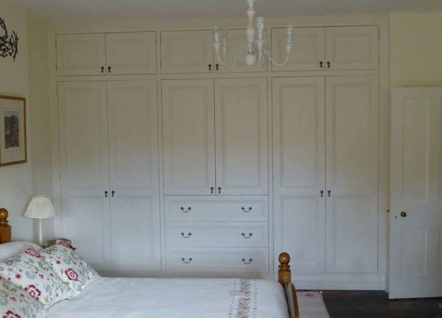 Victorian Style Fitted Wardrobe By Peter Henderson Furniture Brighton Uk
